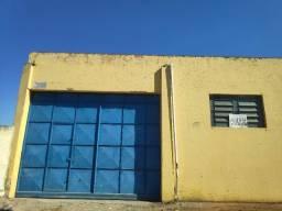 Comercial para Aluguel - no Centro (Galpão)