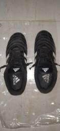Chuteira Adidas usada