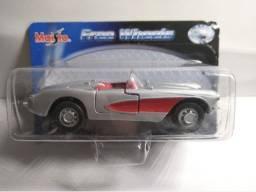 Miniatura Coleção Maisto Free Wheels Corvette Chevrolet