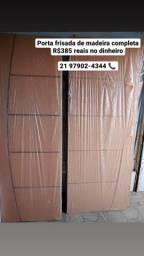 Porta de madeira frisada completa com caixonete