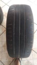 Vendo ou troco pneus