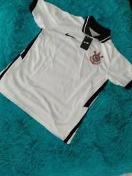 Camiseta do time Corinthians (branca M e Preta GG)
