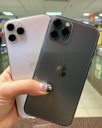 iPhone 11 Pro Max 64GB iOS 4G + Wi-Fi Câmera 12MP - Apple