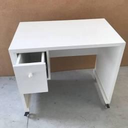 Mesa para máquina de costura