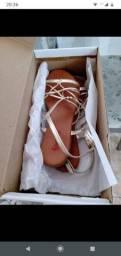 Sandália rasteira da gato e sapato. Tamanho 34