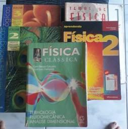 Livros de Física e Biologia