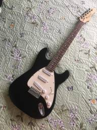 Linda Guitarra Dolphin Stratocaster em Excelente Estado