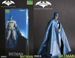 Batman Clássico Articulado Escala 1/6 (30 Cm) Da Crazy Toys