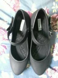Sapato com palmilha 3 centímetros