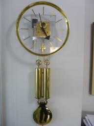 Lindo e raro relógio de parede Howard Miller