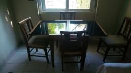 Mesa ajustável, tampo de vidro