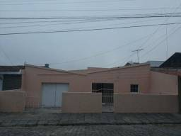Casa no bairro do Santo Antônio pra alugar