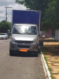 Iveco Darly 35s14 ano 2010 2011 - 2010