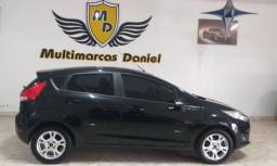 New Fiesta 1.6 SE Hatch Super Conservado
