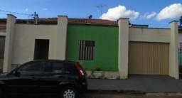 Casa à venda, 3 quartos, 3 vagas, Pampulha - Uberlândia/MG