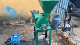 Picadeira e trituradora de milho