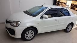 Toyota Etios XS Sedan Branco 1.5 Automático 2018
