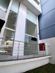 Pelegrine Aluga Loja 50 m², 1 banheiro, 1 copa, pé direito alto, Itapoã