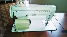 Maquina de costura singer 244
