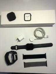 Apple Watch 4 44mm Preto