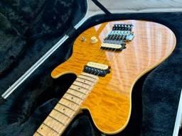 Guitarra Music Man Axis Trans Gold, EVH, em excelente estado!