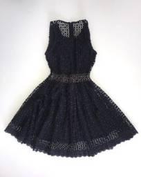 Vestido de festa preto de guipir