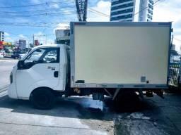 Caminhão Kia Baú Frio 2014 diesel novo
