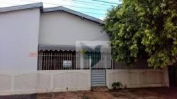 Casa com 3 dormitórios para alugar, 145 m² por R$ 1.200,00/mês - Vila Maria - Rondonópolis