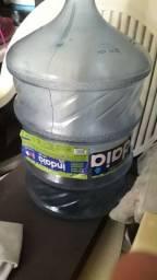03 garrafões indaiá