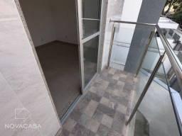 Apartamento com 3 dormitórios à venda, 56 m² por R$ 300.000,00 - Candelária - Belo Horizon