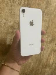 IPhone XR 64gb sem marcas de uso