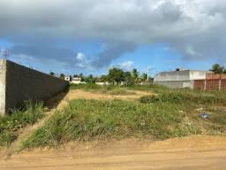 Opção excelente de terreno na praia de Carapibus.