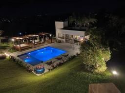 Casa de Condomínio para venda. Com 650 metros quadrados e 5 quartos em Lagoa Santa - MG.