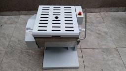 Masseira Sovadora Semi Rápida Profissional 25mbi kg (usada em ótimo estado)