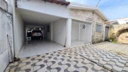Aluga-se, Casa 4 quartos, em Tambauzinho