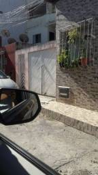 Vendo casa em Lauro de Freitas