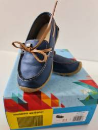 Sapatos bebê pouco usados