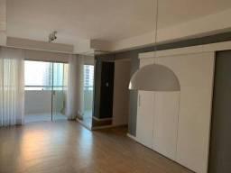 AR / Vendo apartamento reformado, 2 vagas de garagem em Boa Viagem