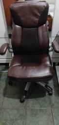 Cadeira para escritório.