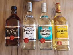 Barbada - Torrando  - Varias garrafas de bebidas lacradas e originais