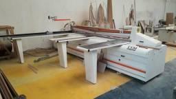 Máquina usada para movelarias