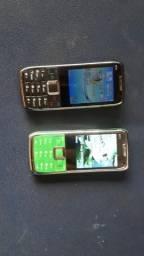 Vendo dois celulares E71 120 pr levar na película com carregador zerado nunca usado