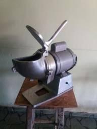 Máquina de ralar 600 reais
