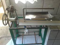 Máquina de descascar ovos de codorna