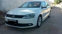 Volkswagen-Jetta - 2012