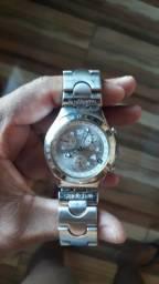 Vendo ou troco por outro relógio