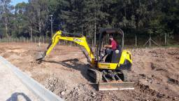 Mini escavadeira - locação