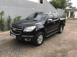 Vendo S 10 Turbo Diesel 4X4 Lt preta banco em couro nova - 2014