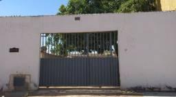 Aceita financiamento/ 3 casas no lote, sendo uma com 3 QUARTOS E SUÍTE