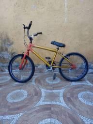 Bicicleta aro 20 ..aceito aquário completo